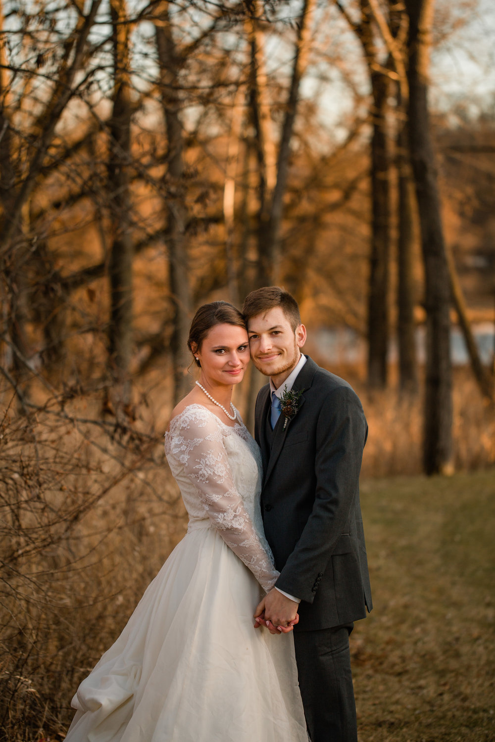 west des moines iowa wedding photographers timeless photography cedar rapids pictures engagement and wedding amelia renee photography