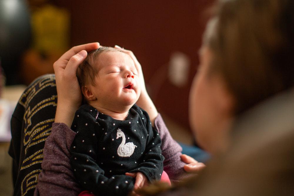 newborn photographers in Des Moines Iowa