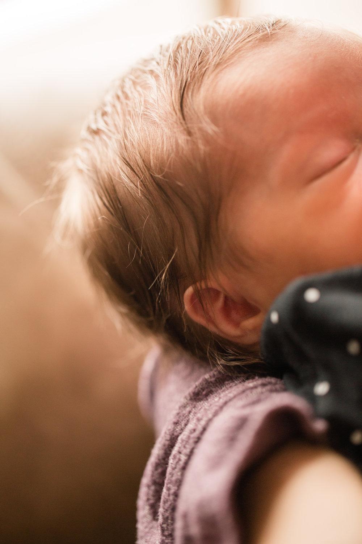 des moines iowa newborn baby photographer