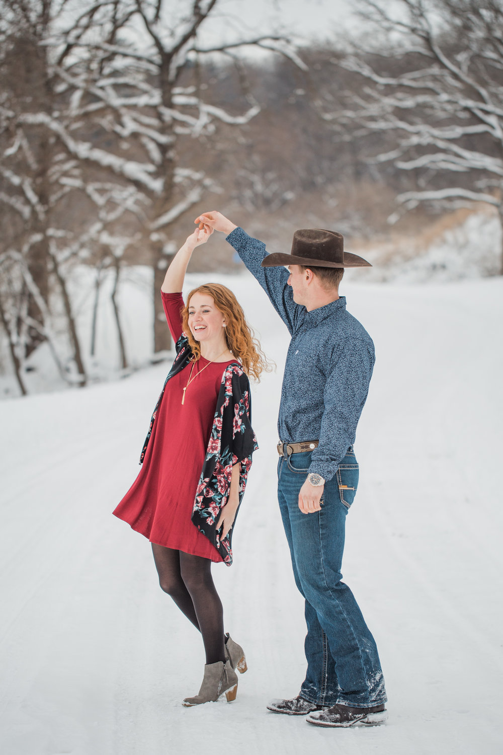 Iowa Engagement Session Featured On Midwest Bride Photos By Amelia Renee Photography