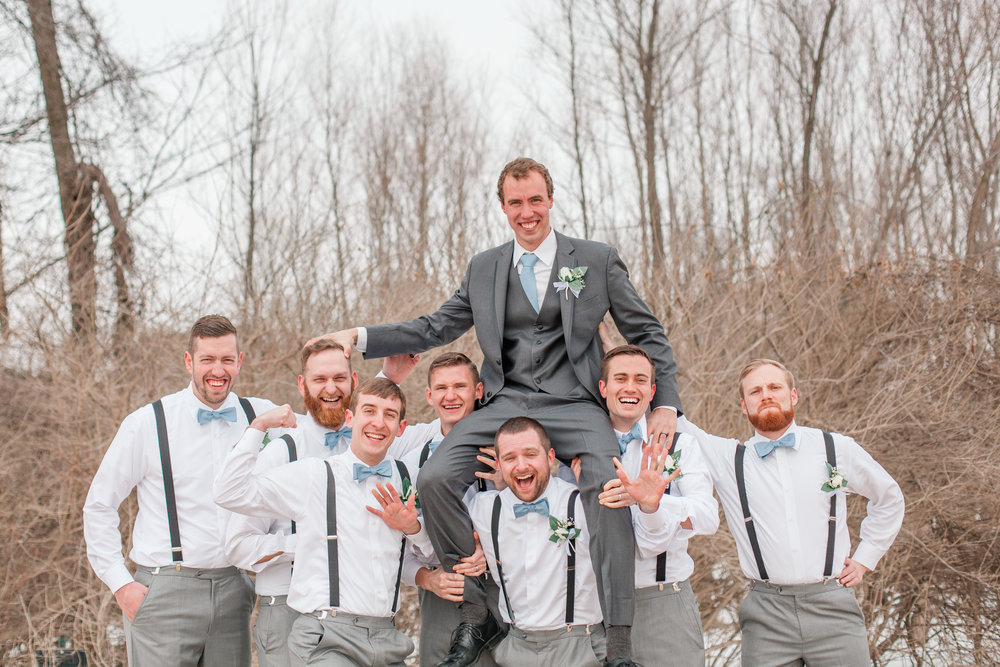 funny-groomsmen-pictures-wedding-3.jpg