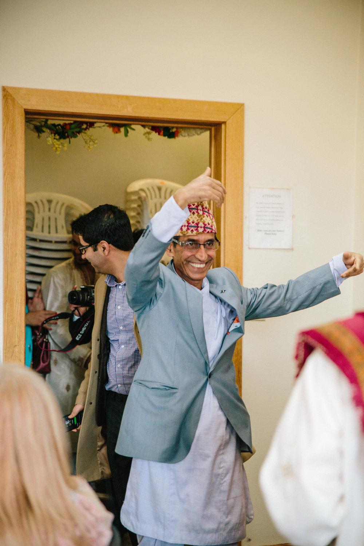 dad-dancing-wedding-hindu