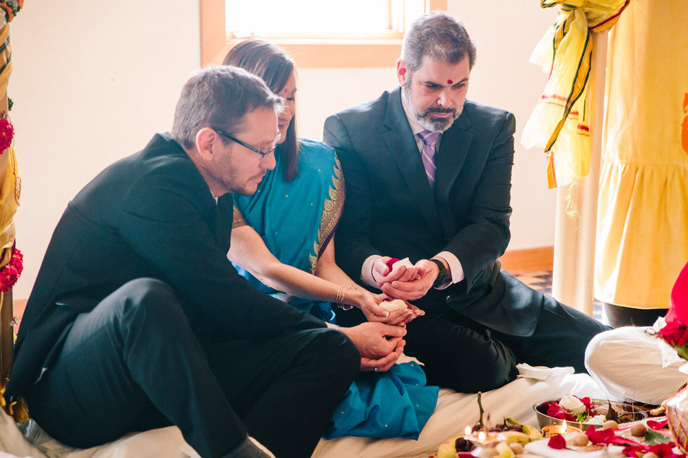 Hindu wedding ceremony rituals bride's parents