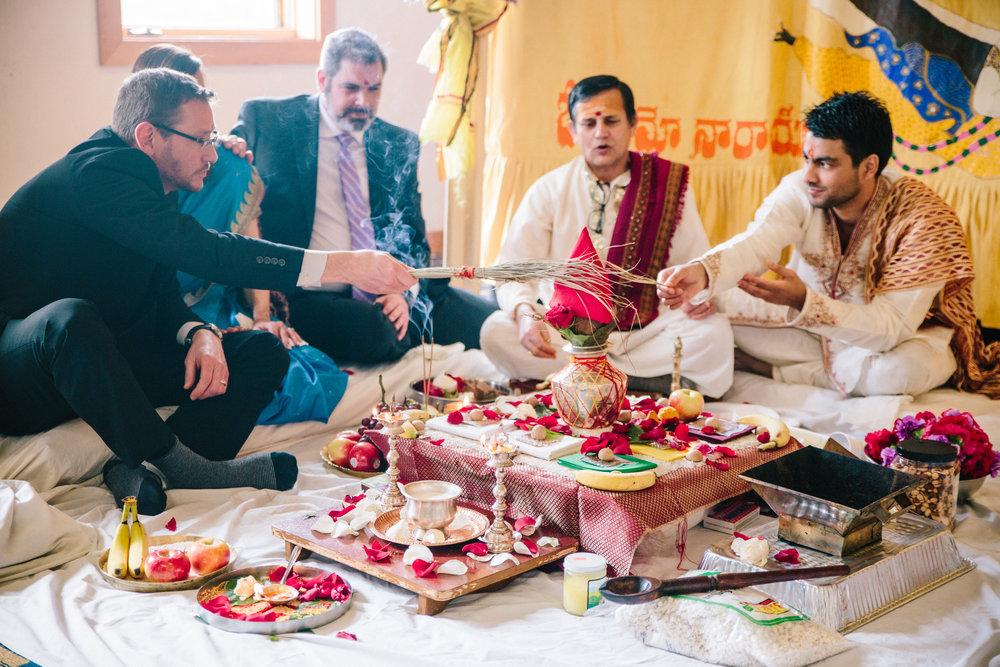 Mandap ceremony Hindu wedding des moines iowa