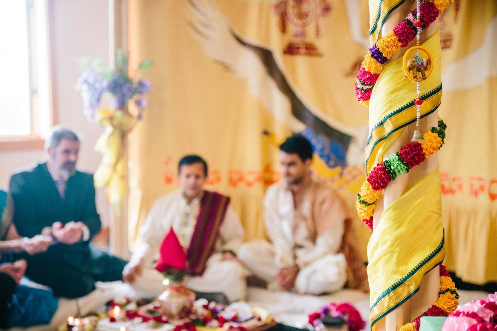 Hindu wedding ceremony between Nepal Groom and American Bride // Des Moines wedding photographers