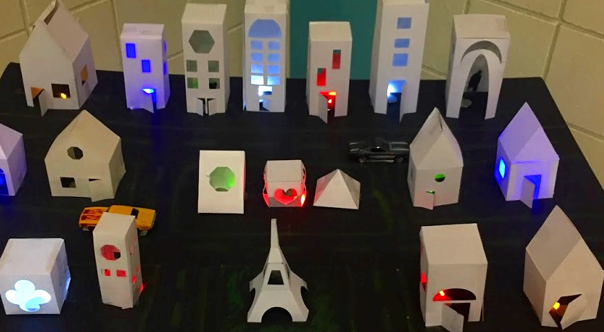Students create with    Fab@School    Maker Studio.