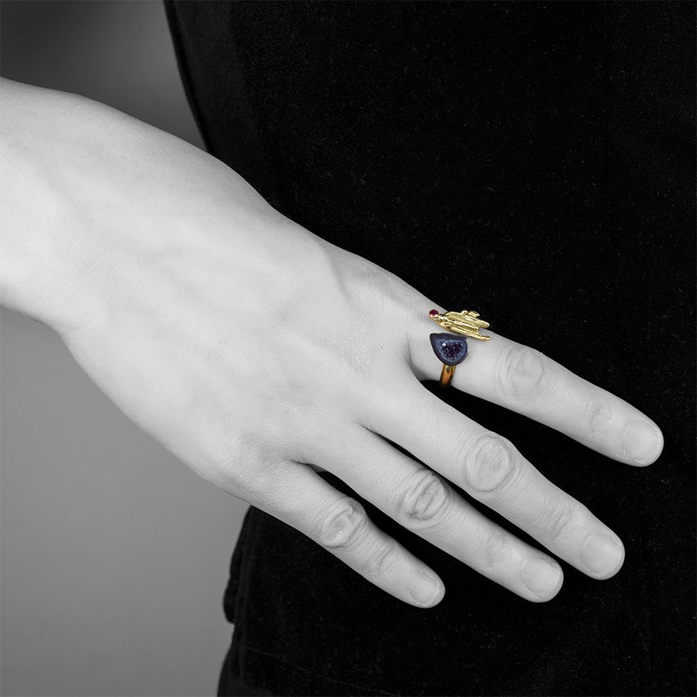 Druzy-comet-ring-model web.jpg