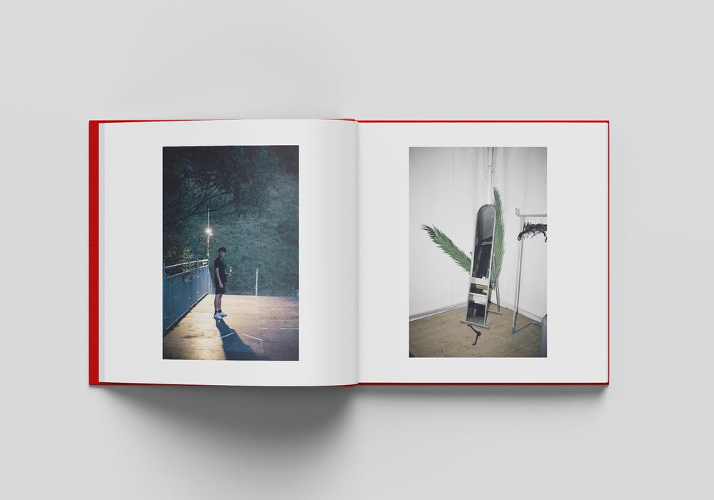 Square_Book_Mockup_4_innen_v5.png