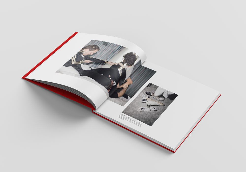 Square_Book_Mockup_4_innen_v6.png