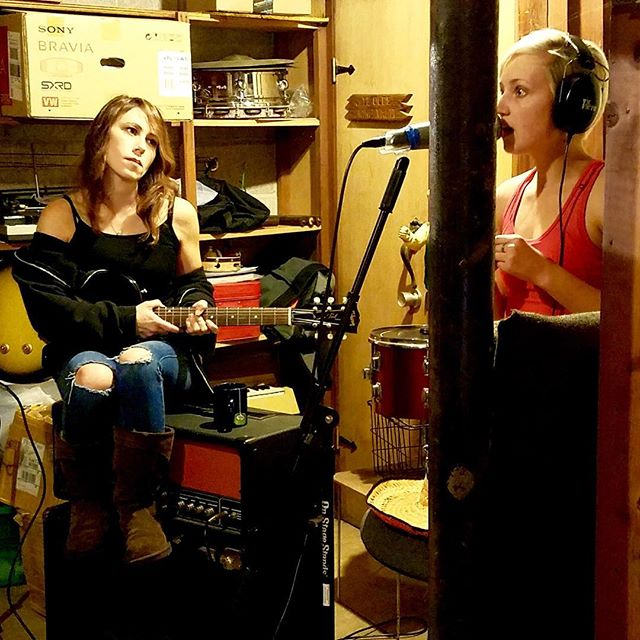 New song with @saaaaaarah_elizabeth almost finished. Can't wait to share it with you! #indiemusic