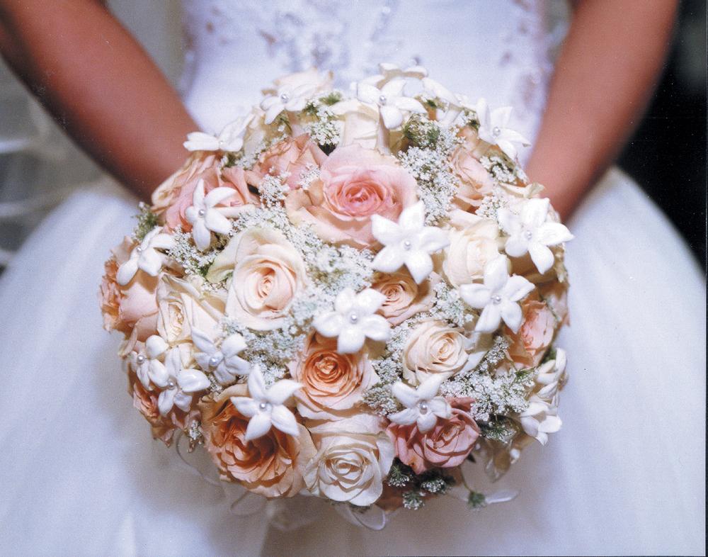 CARMENS_floral_designs_wedding_flowers_houston_003.JPG