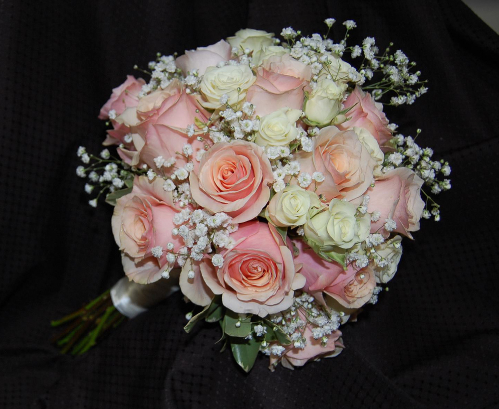 bouquets carmen 39 s floral designs. Black Bedroom Furniture Sets. Home Design Ideas