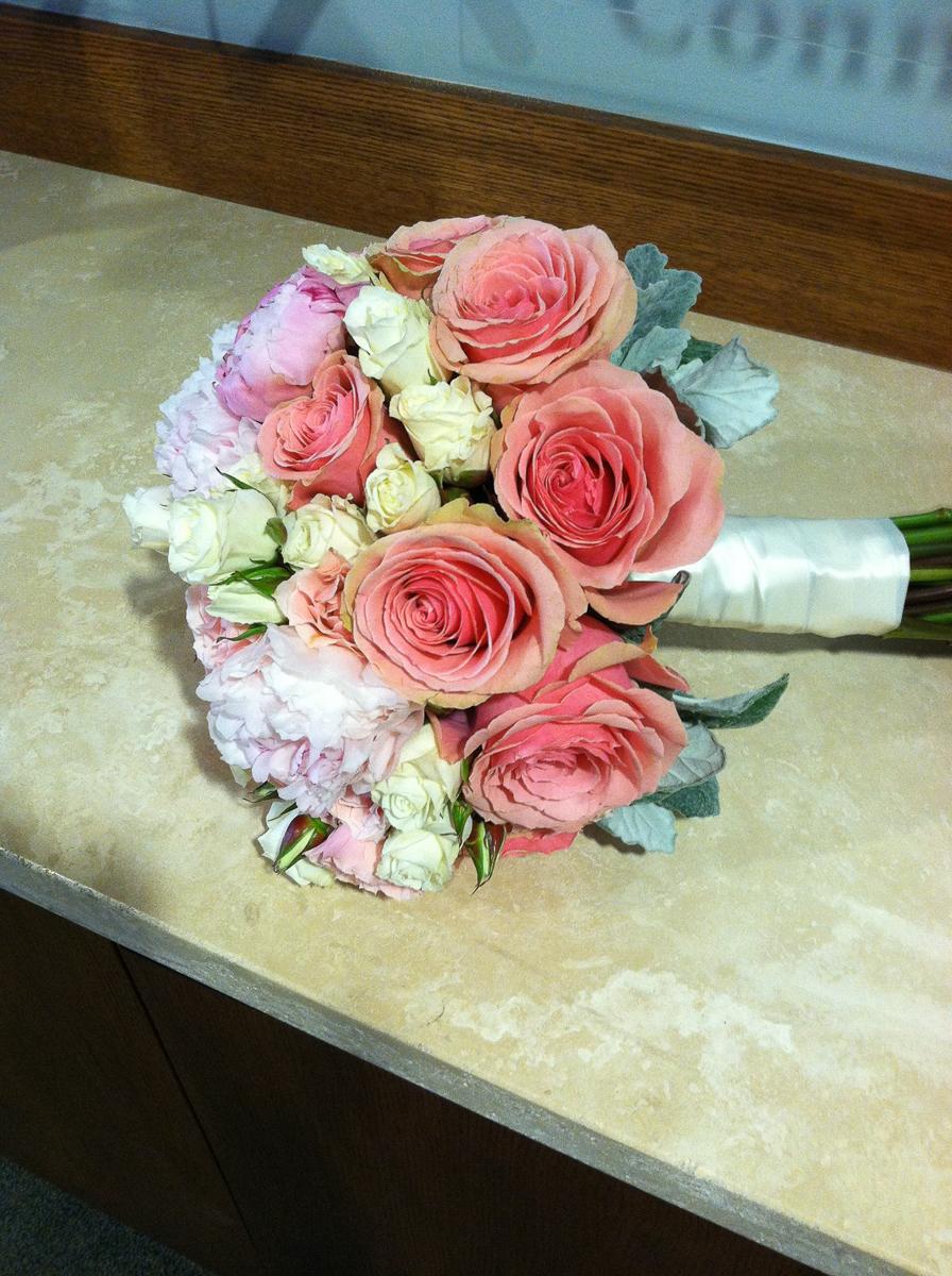 CARMENS_floral_designs_wedding_flowers_houston_044.JPG