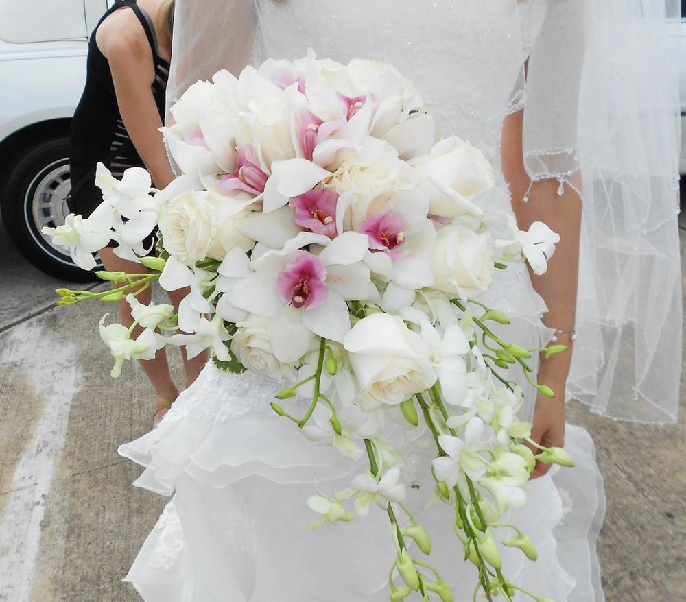 CARMENS_floral_designs_wedding_flowers_houston_045.JPG