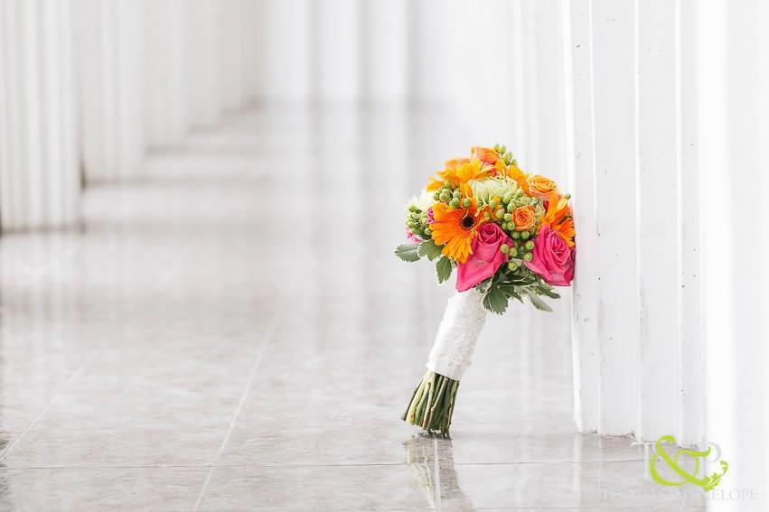 CARMENS_floral_designs_wedding_flowers_houston_049.JPG