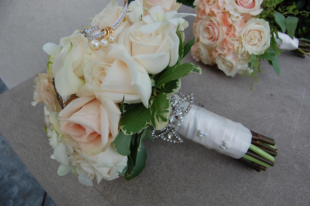 CARMENS_floral_designs_wedding_flowers_houston_052.JPG