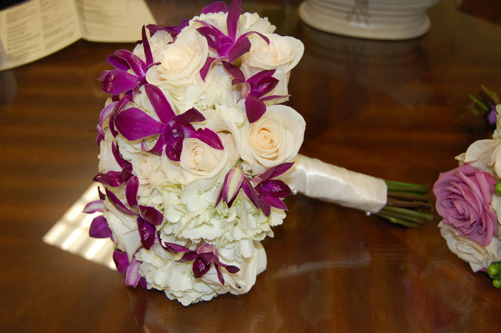CARMENS_floral_designs_wedding_flowers_houston_064.JPG