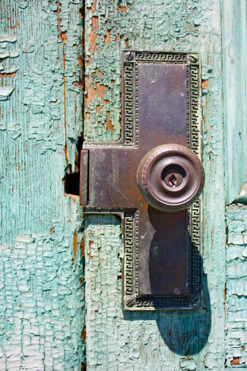 victorian-doorknob2.jpg