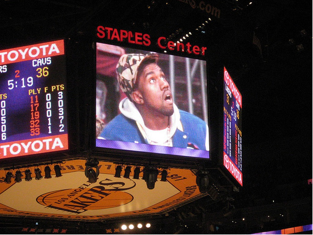 stationtostation :     Hard to be humble when you stuntin' on a jumbotron