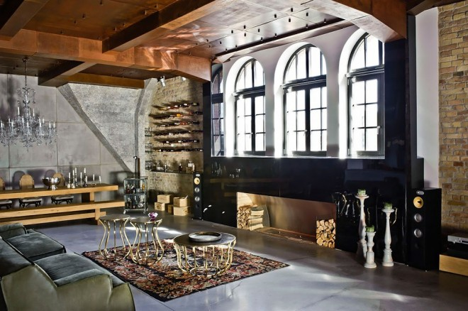 airows :     (via  Cool Industrial-Style Loft in Budapest « Airows )