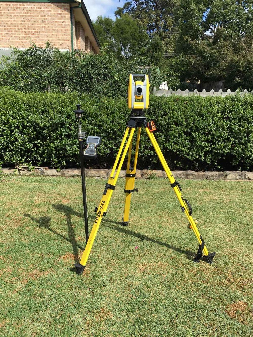 Land-Surveyor-Tripod