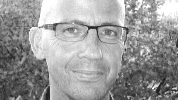 Copywriting - Victoris een ervaren copywriter. Hij werkte o.a. bij JWT en Publicis. Na een training van 'story goeroe' Robert McKee raakte hij gefascineerd door storytelling. Sindsdien schreef hij vele corporate stories en brand stories.