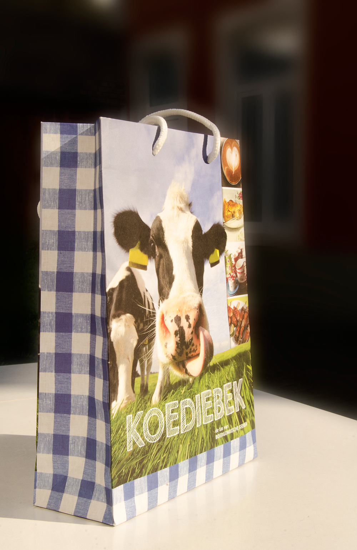 c-bags voor Boergondische Sferen // multi cycli ecologische draagtassen // kraft papier bedrukte draagtassen