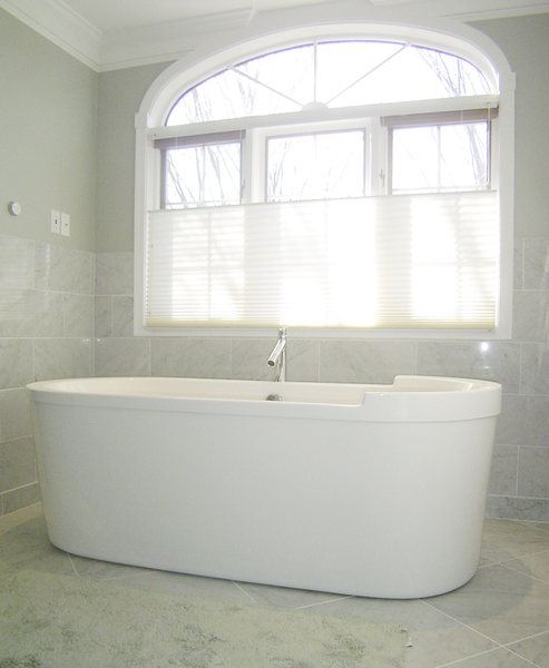 Soaking Tub Marble Tile A&E Construction optimized.jpg