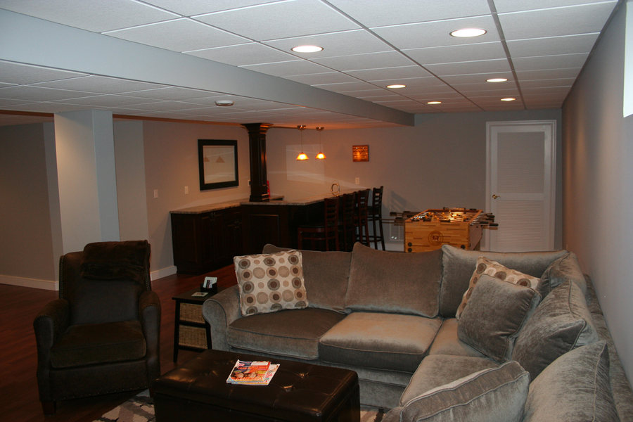 A&E Construction Basement Renovation Hardwood Floors optimized.jpg
