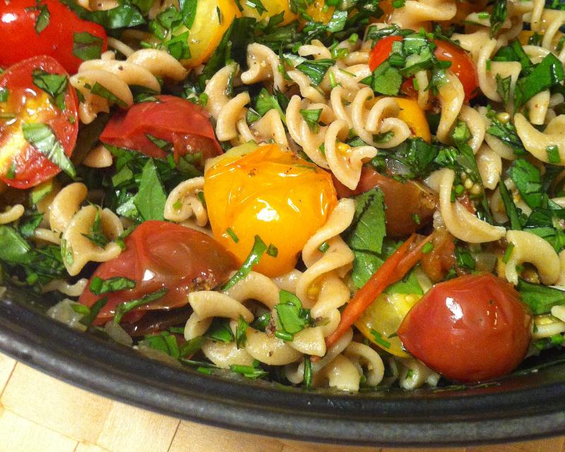 tomatobasilpastasalad