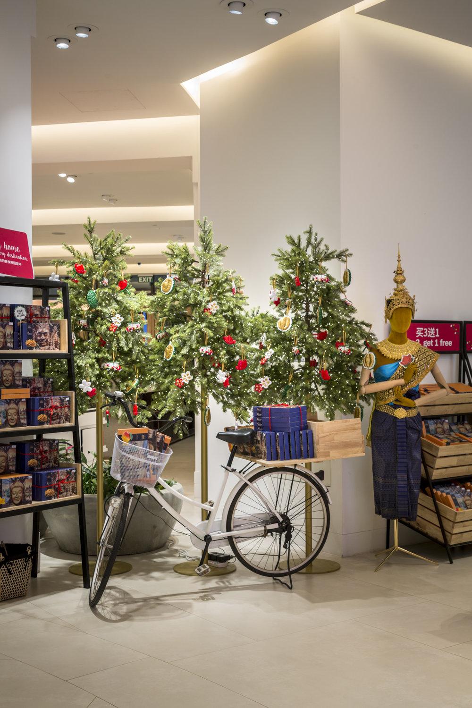 2017-12-01 DFS T-Galleria Christmas Event-0202.jpg
