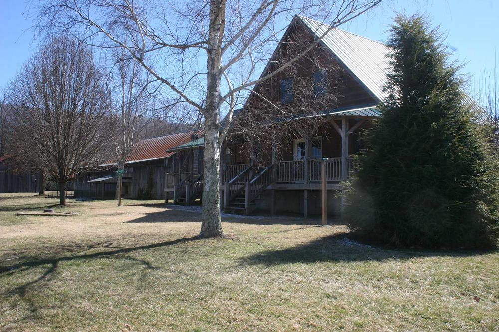 Boyd log house (2).JPG