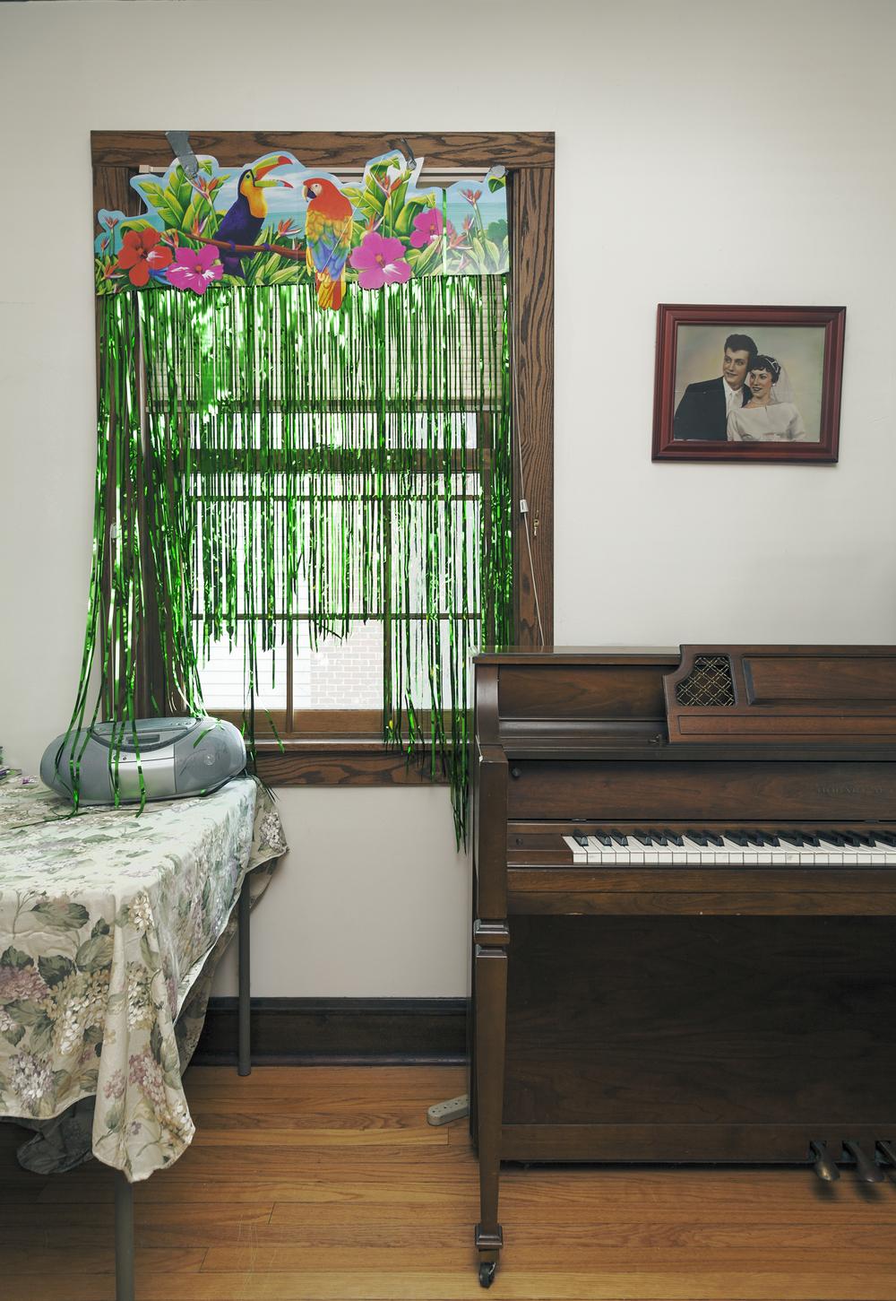 Piano_Flat_sharp.jpg