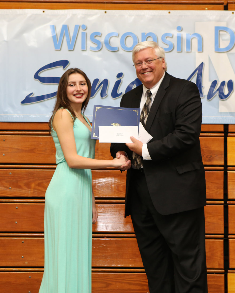 2017_WDHS_Scholarship_Awards_Night20170517_0_B (1).jpg