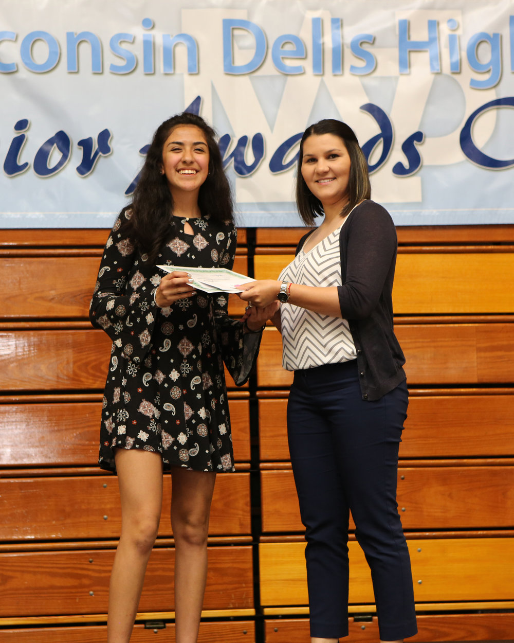2017_WDHS_Scholarship_Awards_Night20170517_0_B (5).jpg
