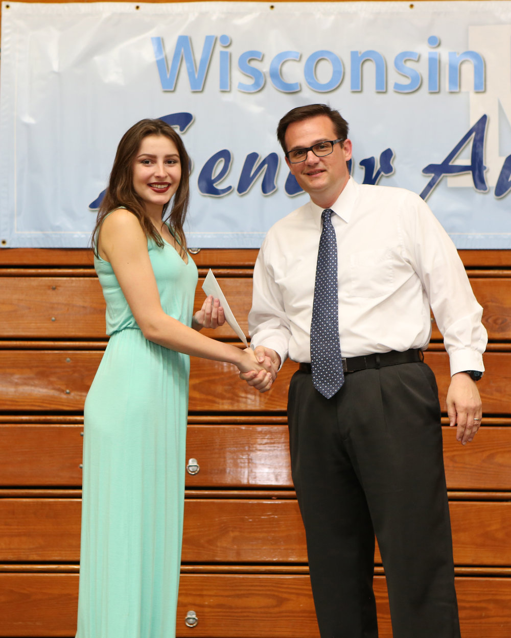 2017_WDHS_Scholarship_Awards_Night20170517_0_B.jpg