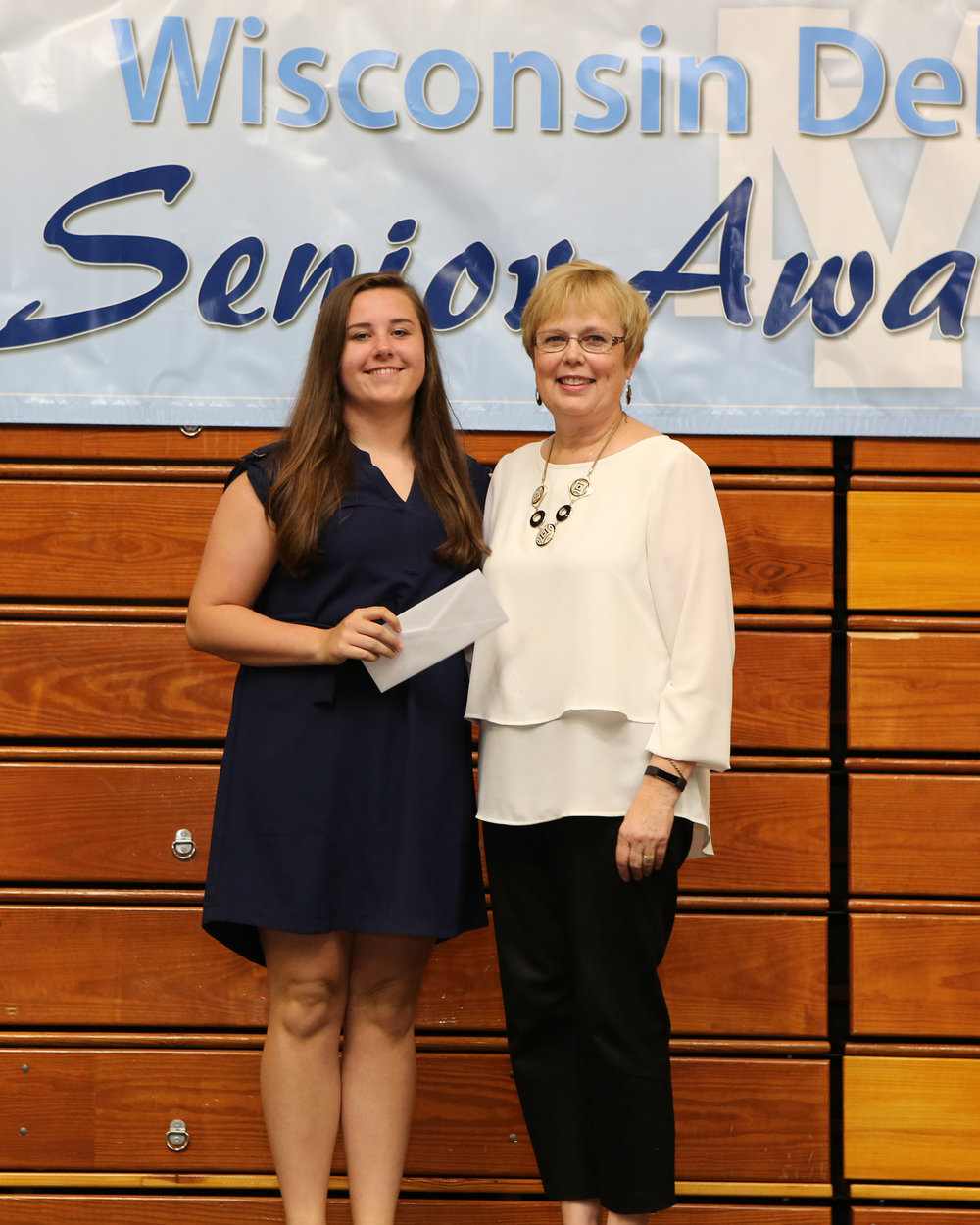 2017_WDHS_Scholarship_Awards_Night20170517_2_B (9).jpg