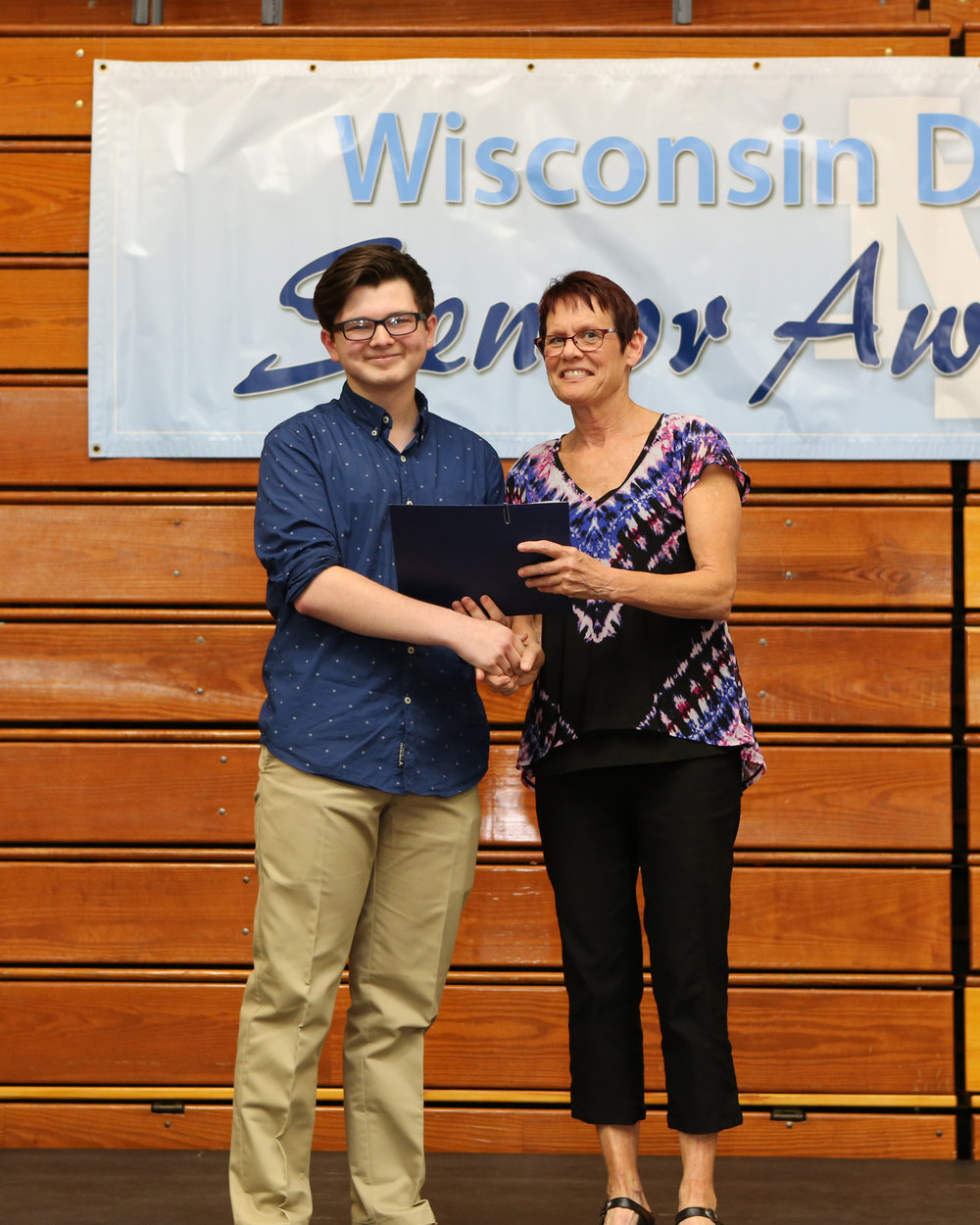 2017_WDHS_Scholarship_Awards_Night20170517_2_B.jpg