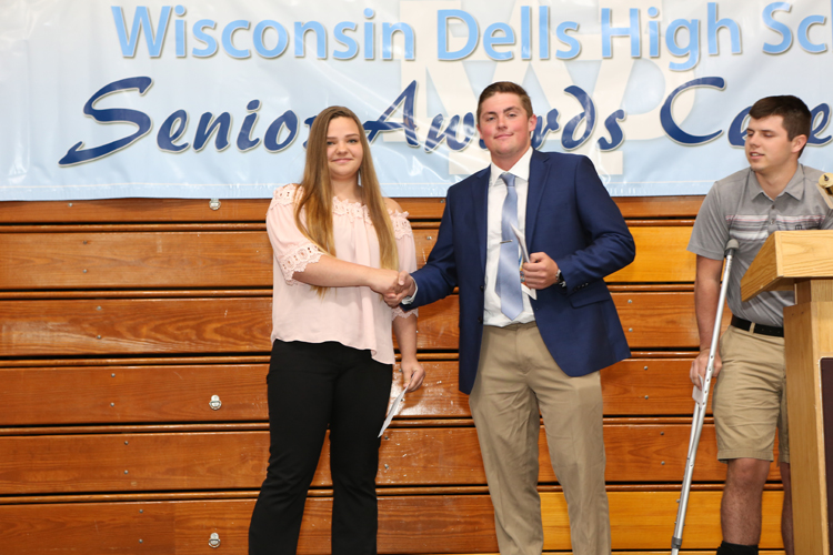 2018 Senior Awards Ceremony20180516_1 (1).jpg