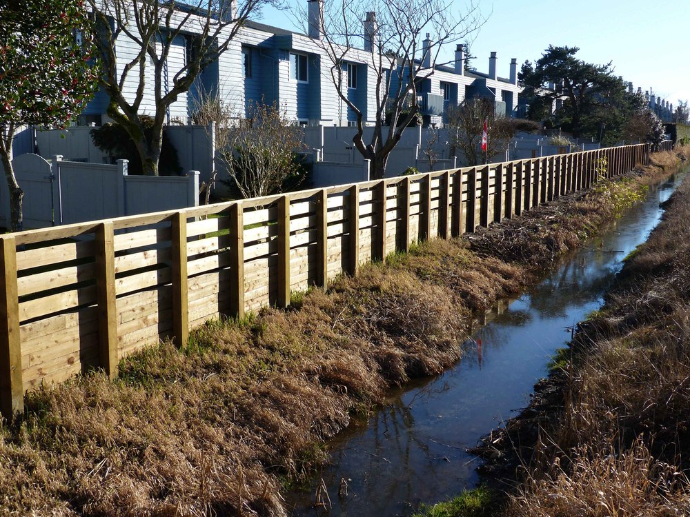 Retaining Wall & Barrier Fence