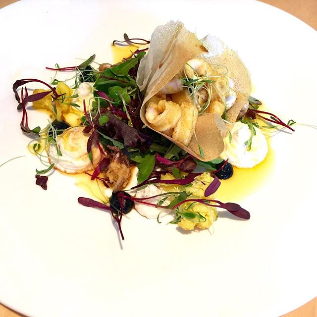 Flash fried baby squid, cauliflower brandade, cauliflower & saffron pickle, squid ink aioli, curry oil, tender baby leaves and micro coriander. Pairing wine Doolhof Cape Crane Chenin Blanc 2015. Ratings, Food 9/10 and Wine 4/10. The meal was amazing but the wine did not pair well. The meal overpowered the wine.