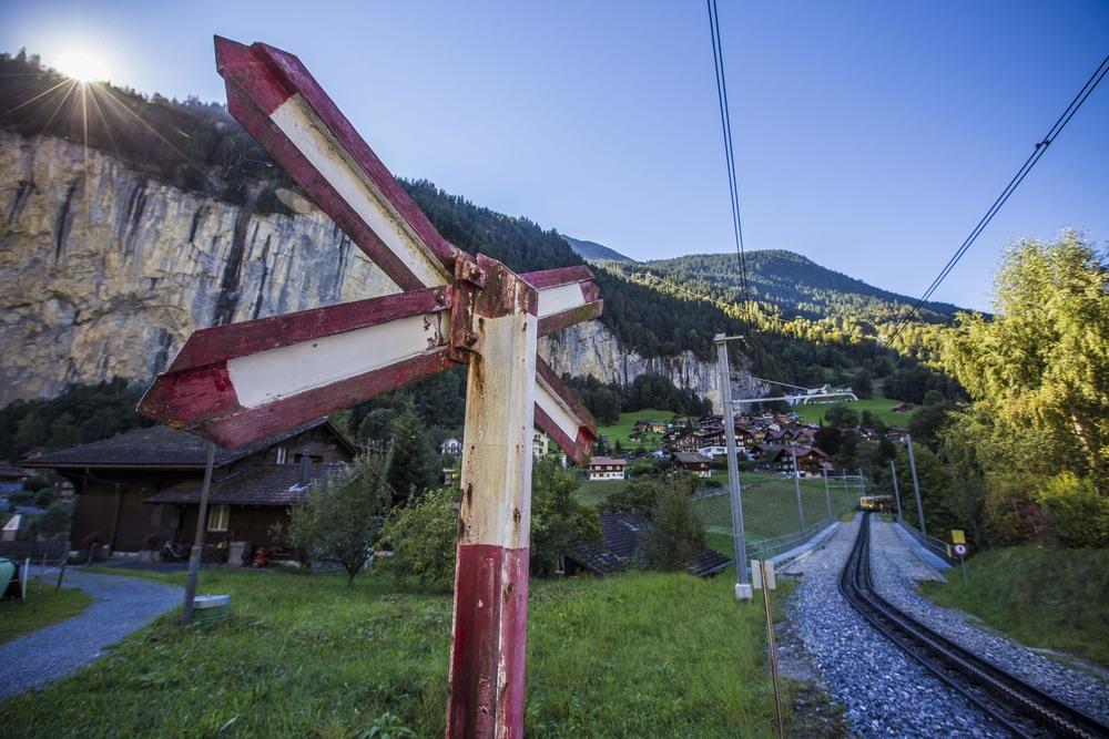 Switzerland_350.jpg