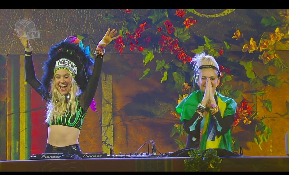 Nervo-AtziDesigns-TomorrowlandBrasil