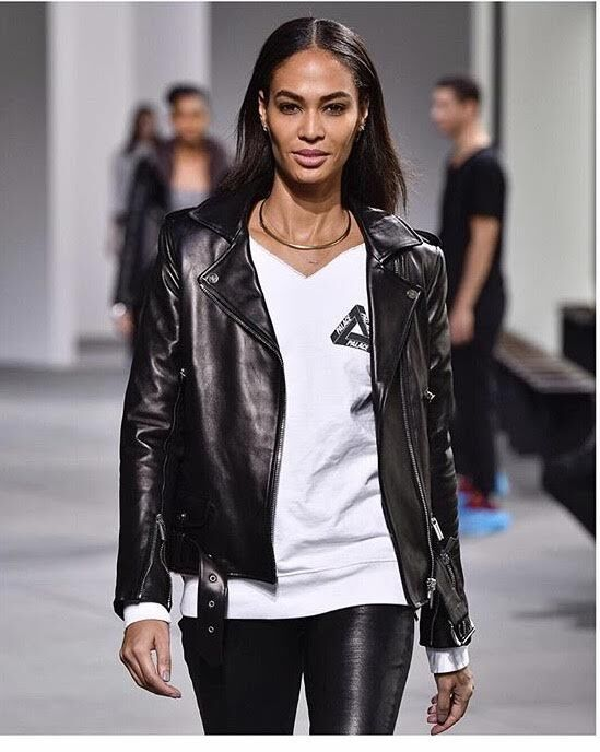 Joan Smalls_VSREPUBLIQUE2_preview.jpg