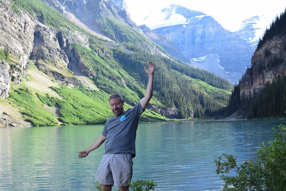Ted falling into Lake Louise (or not)