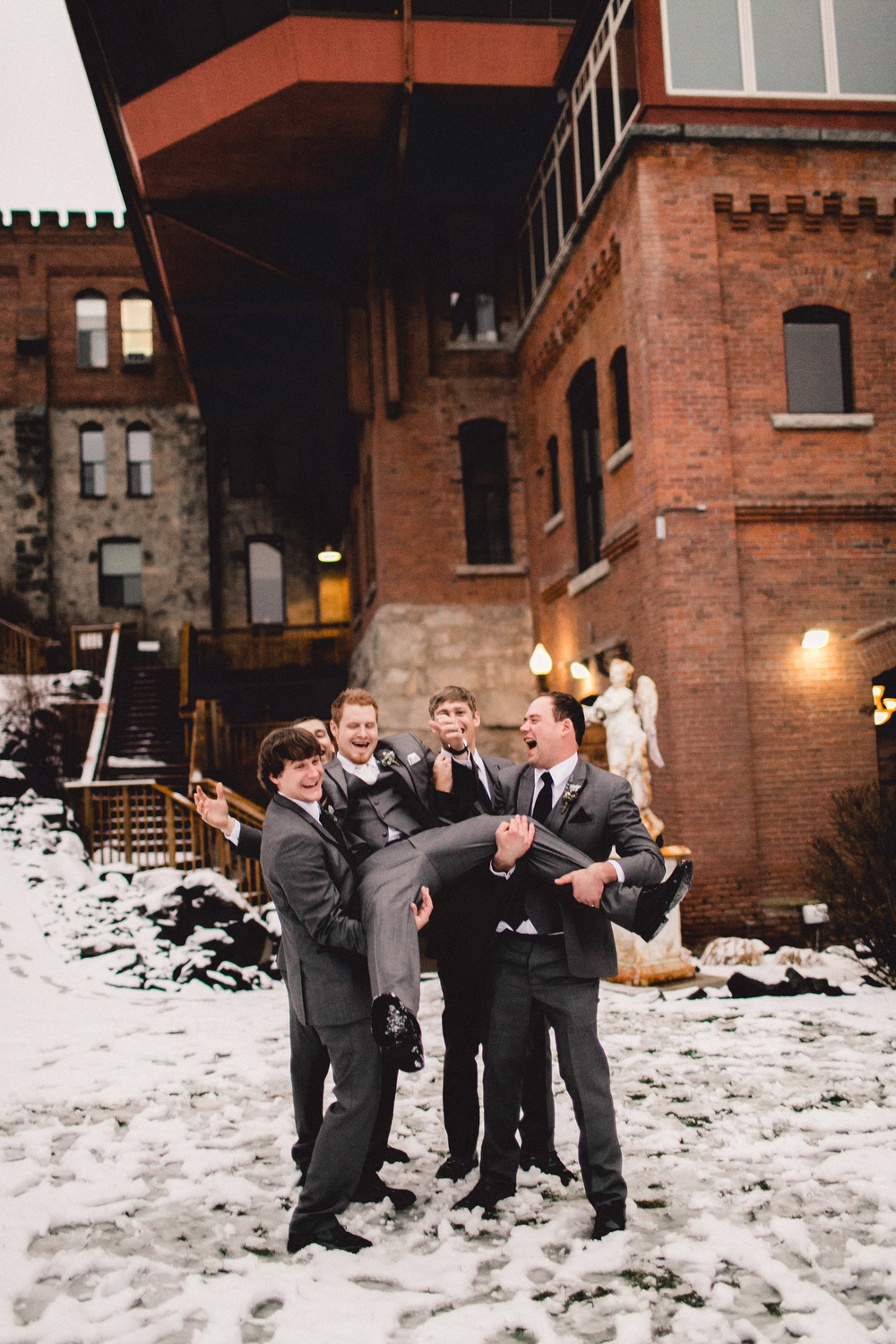 mayden photography spokane wedding-30.jpg