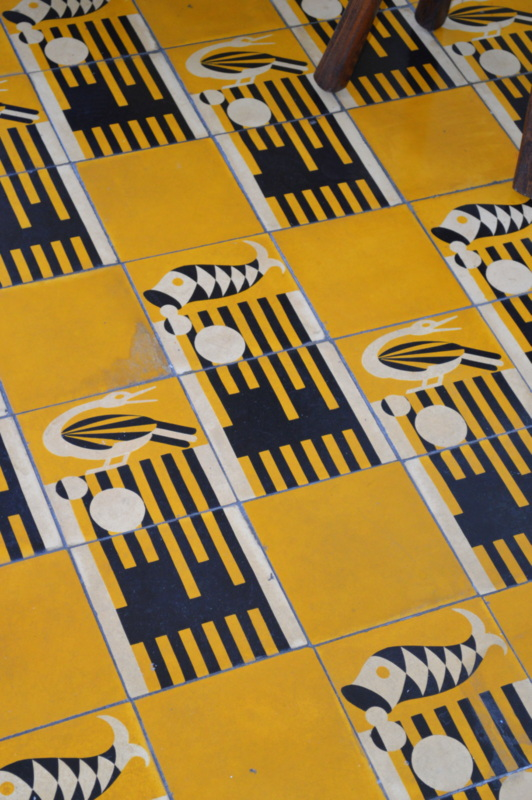 Love the print of this tile floor!