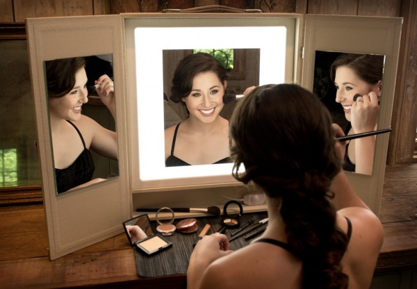 Makeup Vanity with Light is great for at home or studio use.