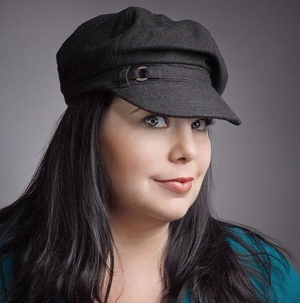 Sara Elizabeth-Makeup Artist
