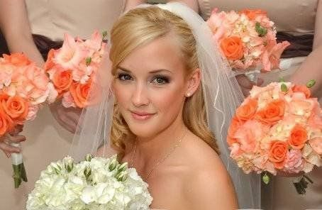 Wedding makeup by Lisa Johnson